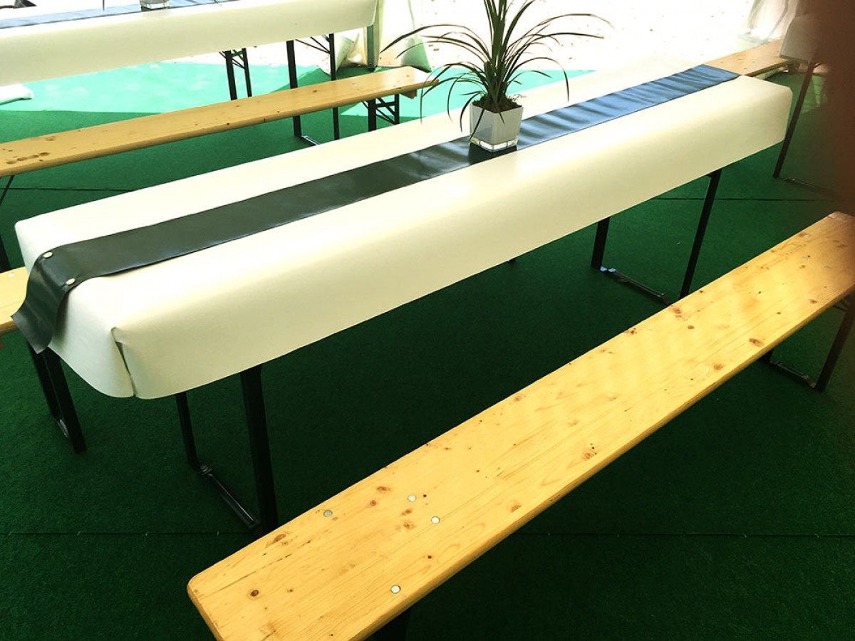 festzeltgarnitur mieten f r ihre party in berlin vom berliner h pfburg verleih. Black Bedroom Furniture Sets. Home Design Ideas