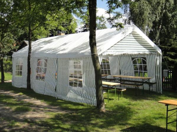 Partypavillon Berlin Verleih 8m x 4m