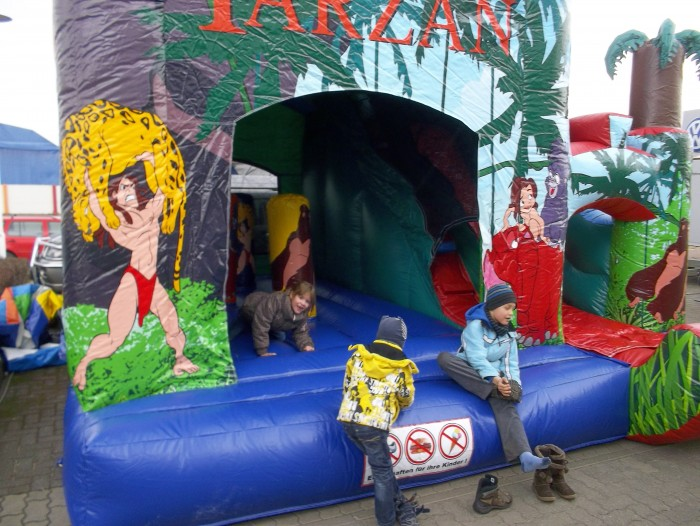 Hüpfeburg mieten Tarzan
