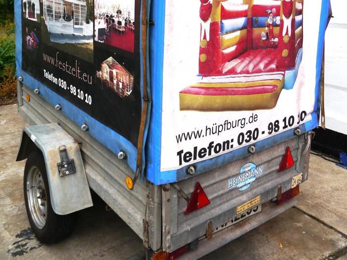 Hänger mieten für Hüpfburg