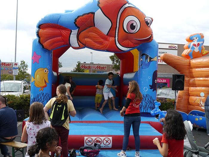 Hüpfburg Nemo mieten